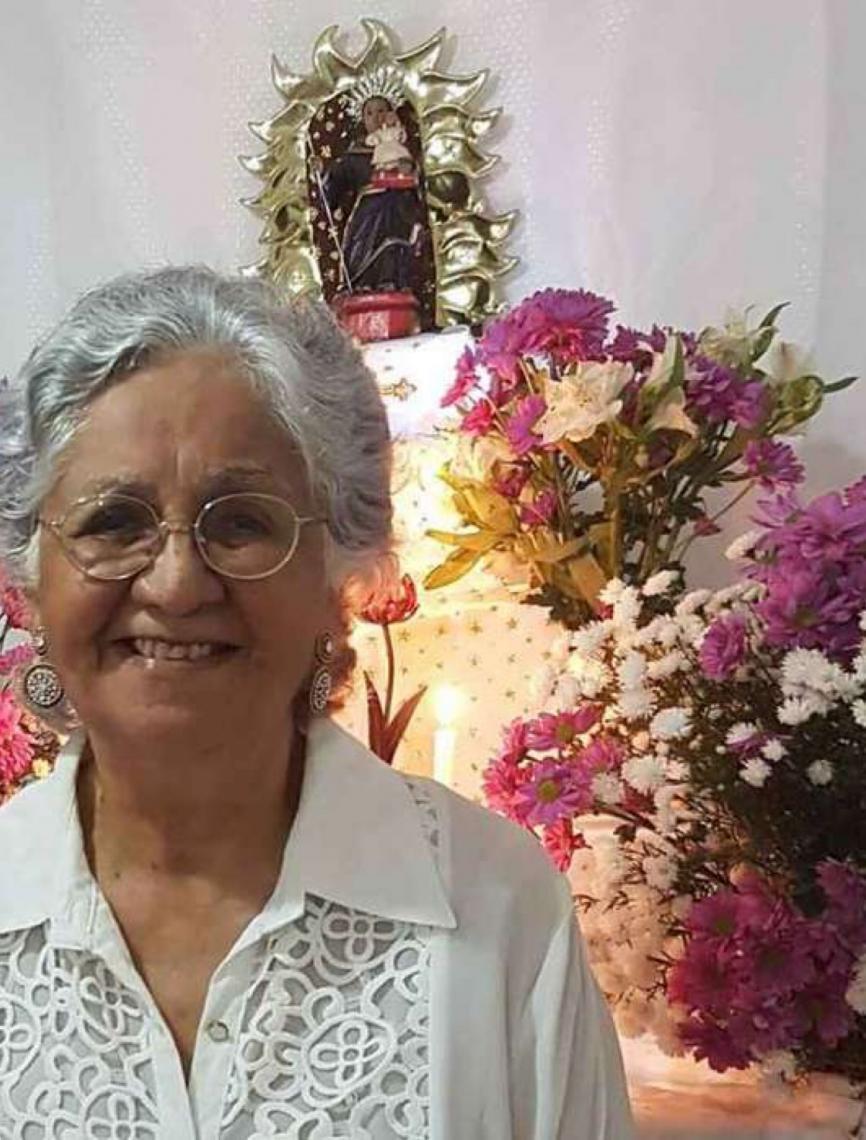 Irmã de Caetano, Mabel Velloso é poeta e autora de 35 livros
