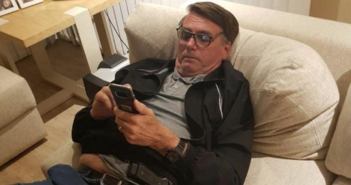 Sem citar vídeo contra Congresso, Bolsonaro diz que troca mensagens de 'cunho pessoal'