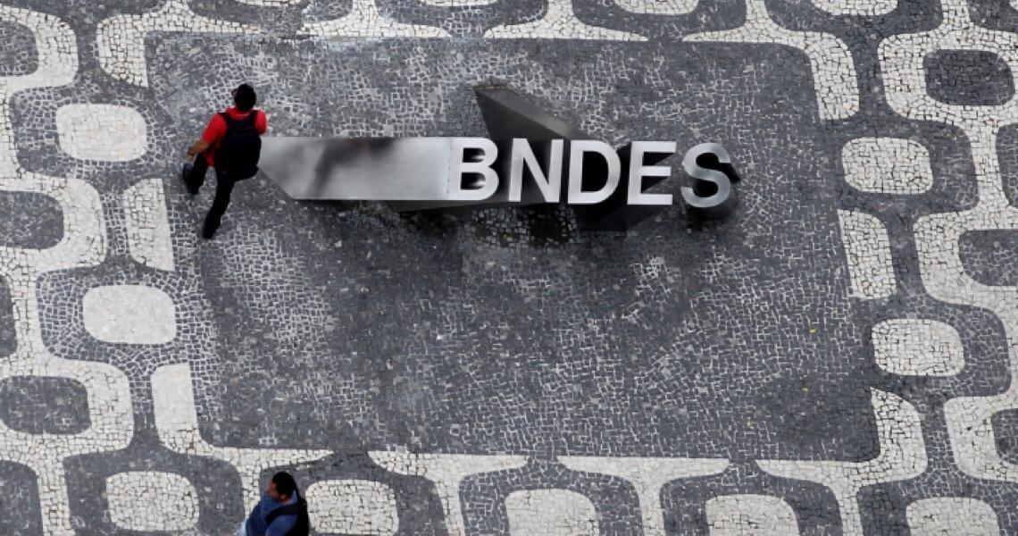 PF fez busca e apreensão contra funcionário do BNDES, diz comunicado interno