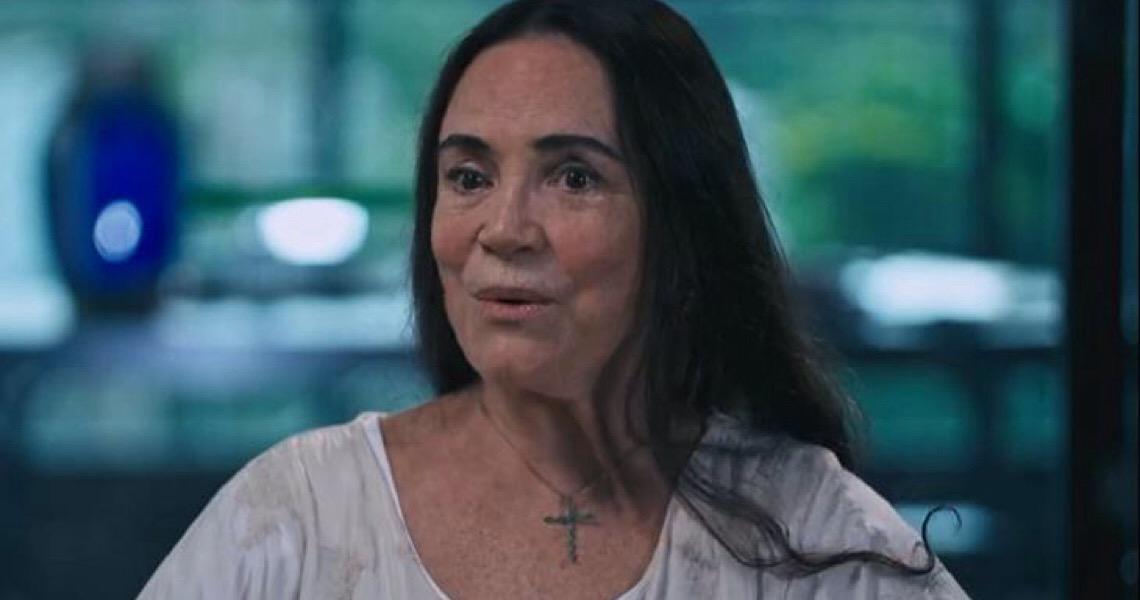 Principal missão de Regina Duarte é se livrar do lobby para que seja demitida