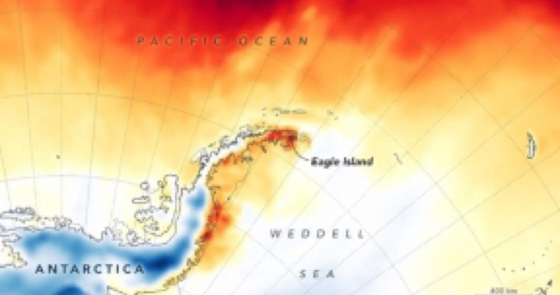 Antártica derretendo, após calor recorde: veja imagens