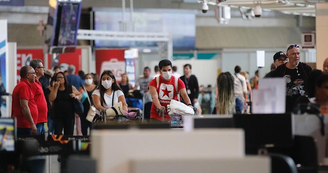 Austrália proíbe entrada de estrangeiros e de quem não mora no país