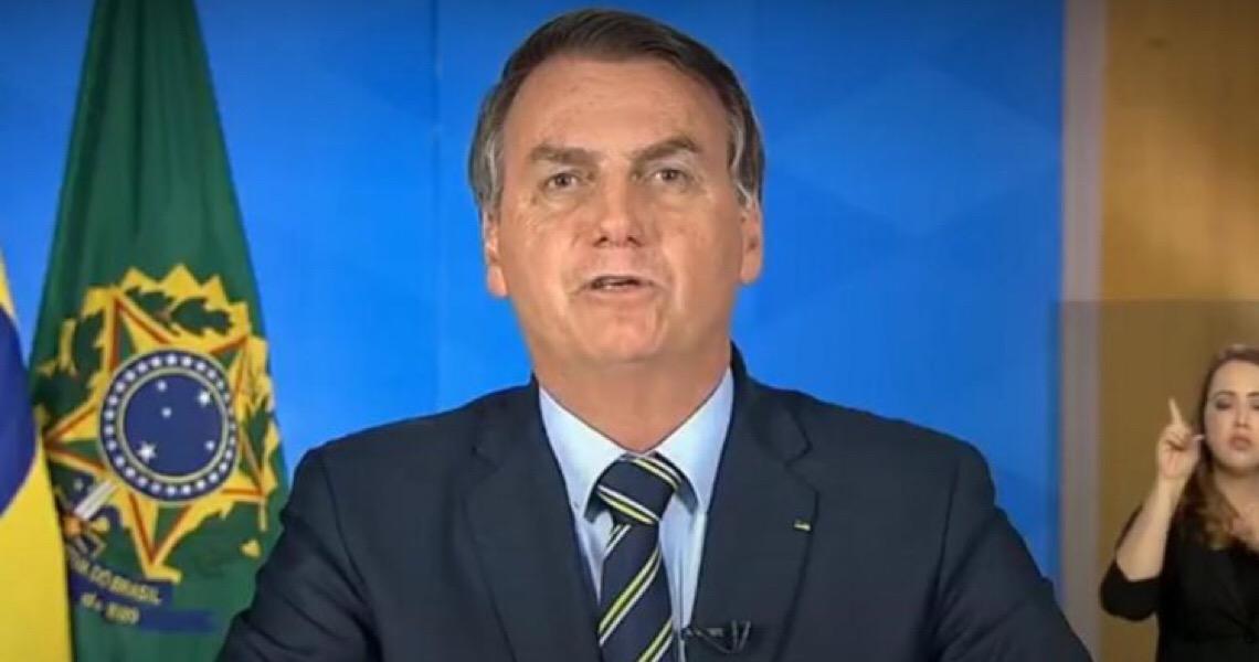 """Críticas """"incendiárias"""" de Bolsonaro ao isolamento social repercutem na imprensa internacional"""