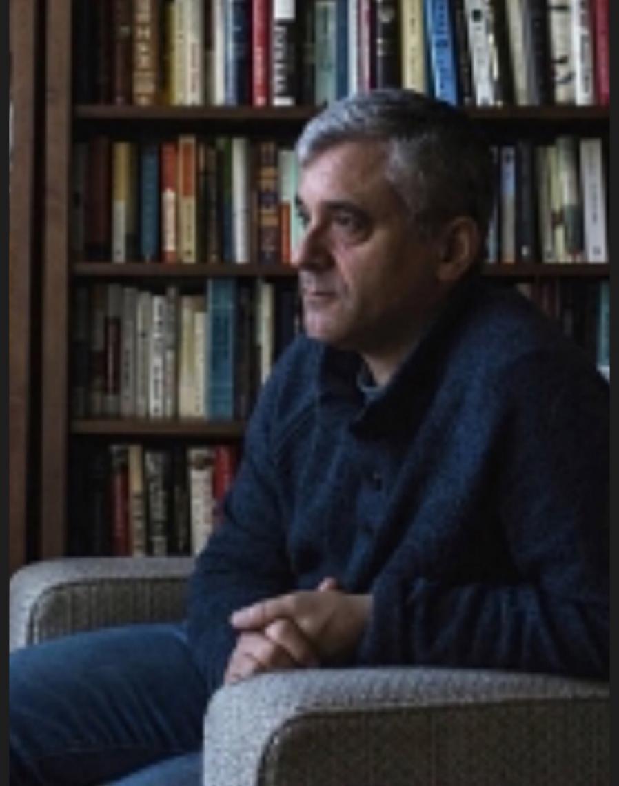 'Coronavírus isolou líderes populistas', diz Steven Levitsky