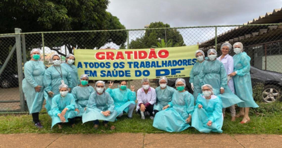 Profissionais de saúde do DF superam obstáculos para imunizar idosos contra a gripe