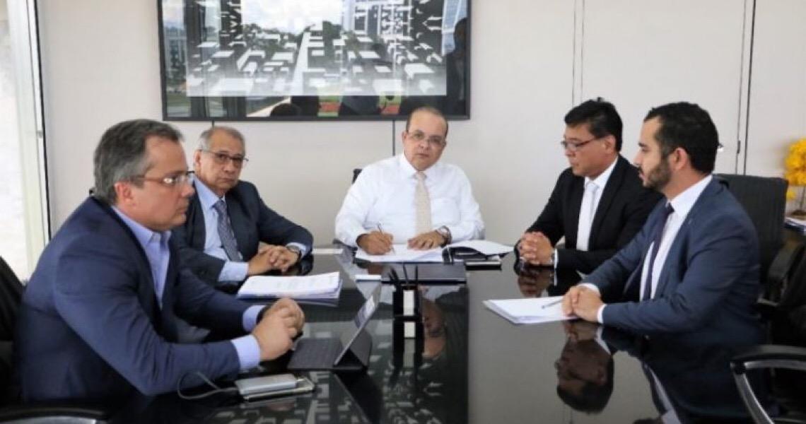 Ibaneis Rocha decide estender quarentena no Distrito Federal até 11 de abril