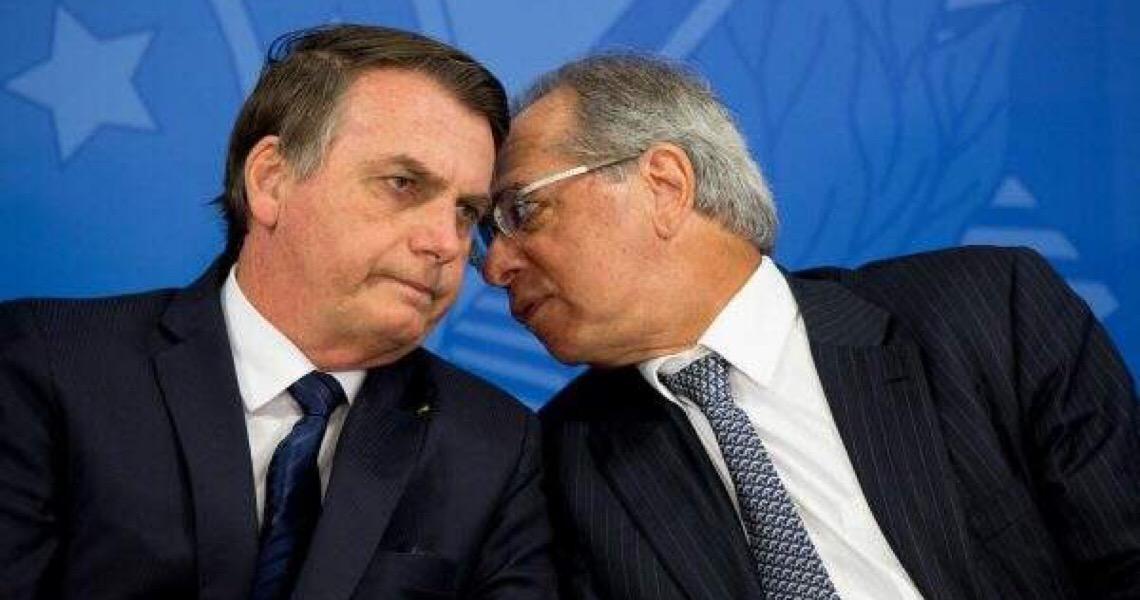 MP de Jair Bolsonaro permitirá redução de salários em até 70%