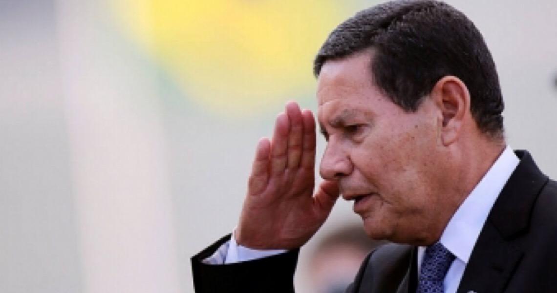 Hamilton Mourão: 'Temos que continuar com a política de isolamento'