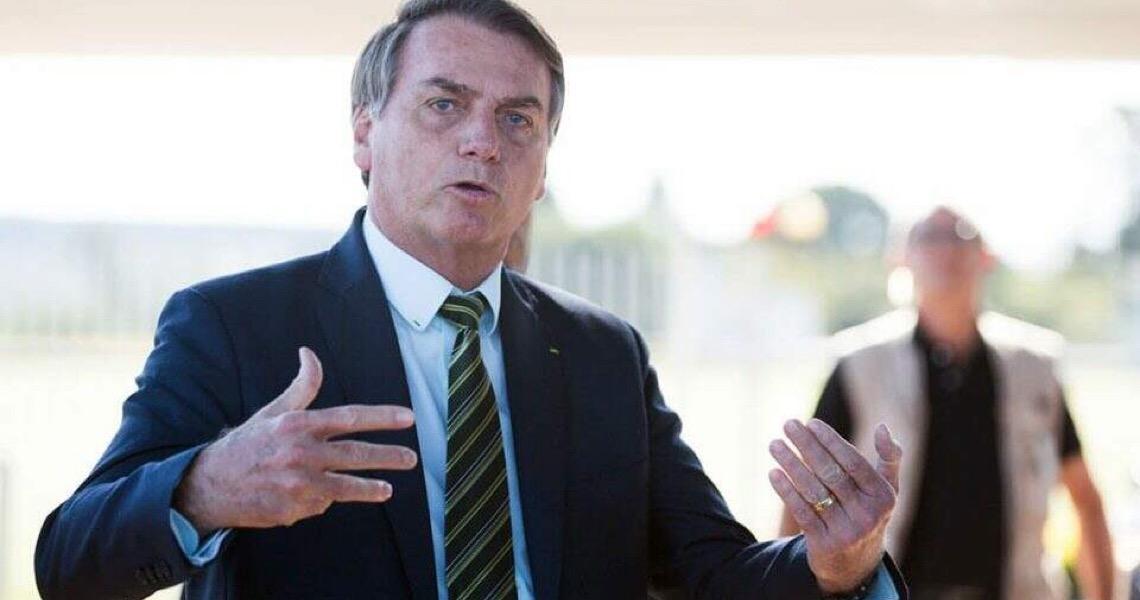 """Bolsonaro debocha de governadores: """"Medinho do vírus?"""""""