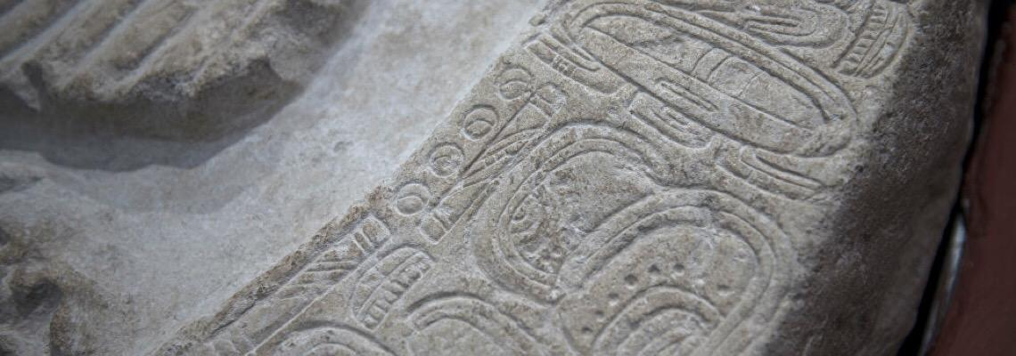 Agricultor acha misteriosa tumba de mil anos trancada com tijolos na China