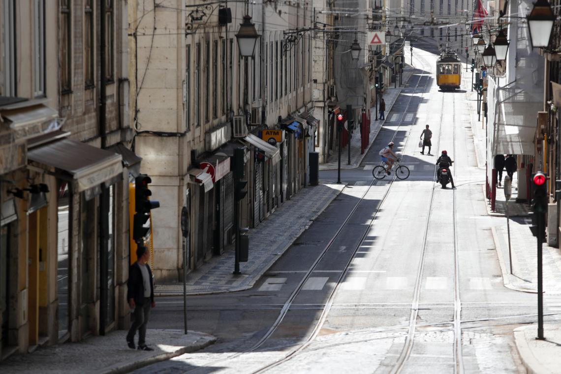 Mais 35 mortos e 371 casos de Covid-19 em Portugal nas últimas 24 horas