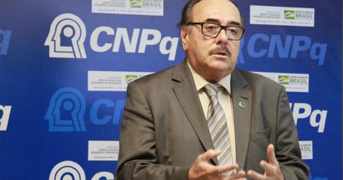 """""""Coronavírus mostrou que o Brasil precisa investir em ciência"""""""