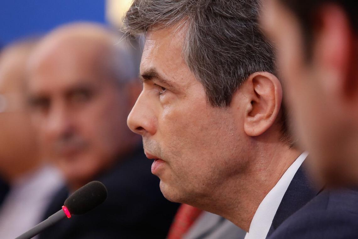 Governadores saem de reunião com Teich alarmados: Ele está perdido e não consegue nem comprar respiradores