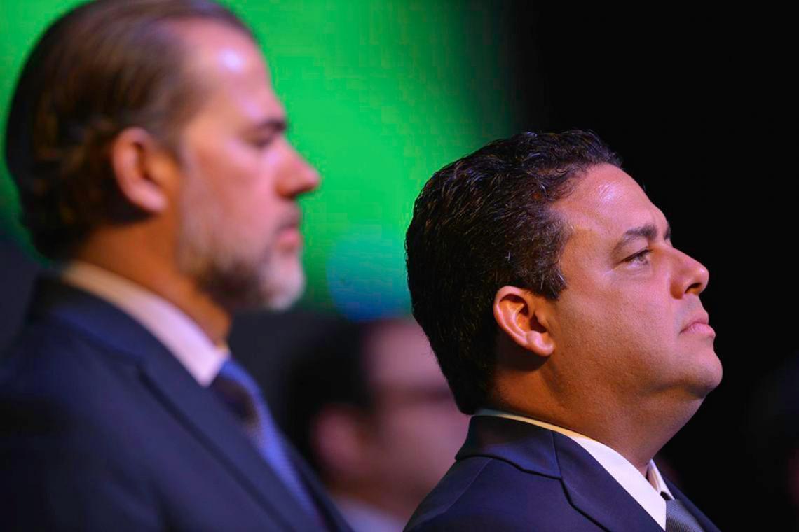 "Presidente da OAB a Bolsonaro:  ""A paciência que terminou é a da sociedade"""