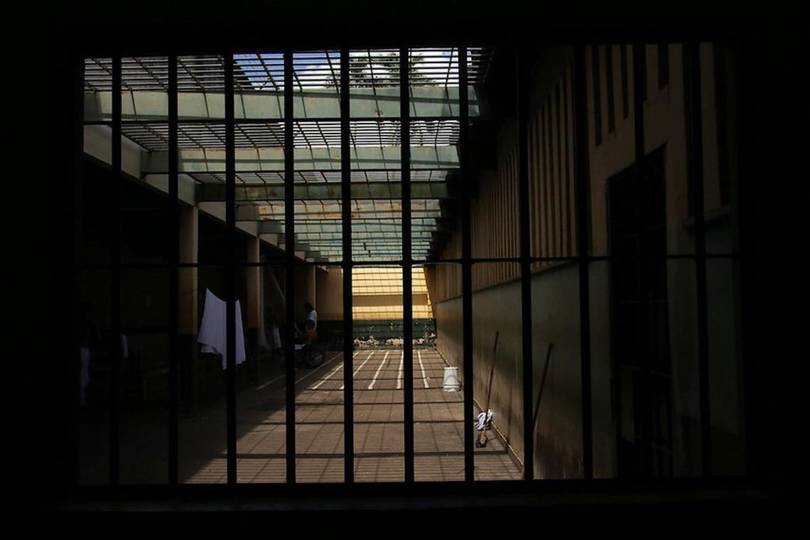 Chega a 466 total de casos de coronavírus entre detentos e servidores de presídios do DF