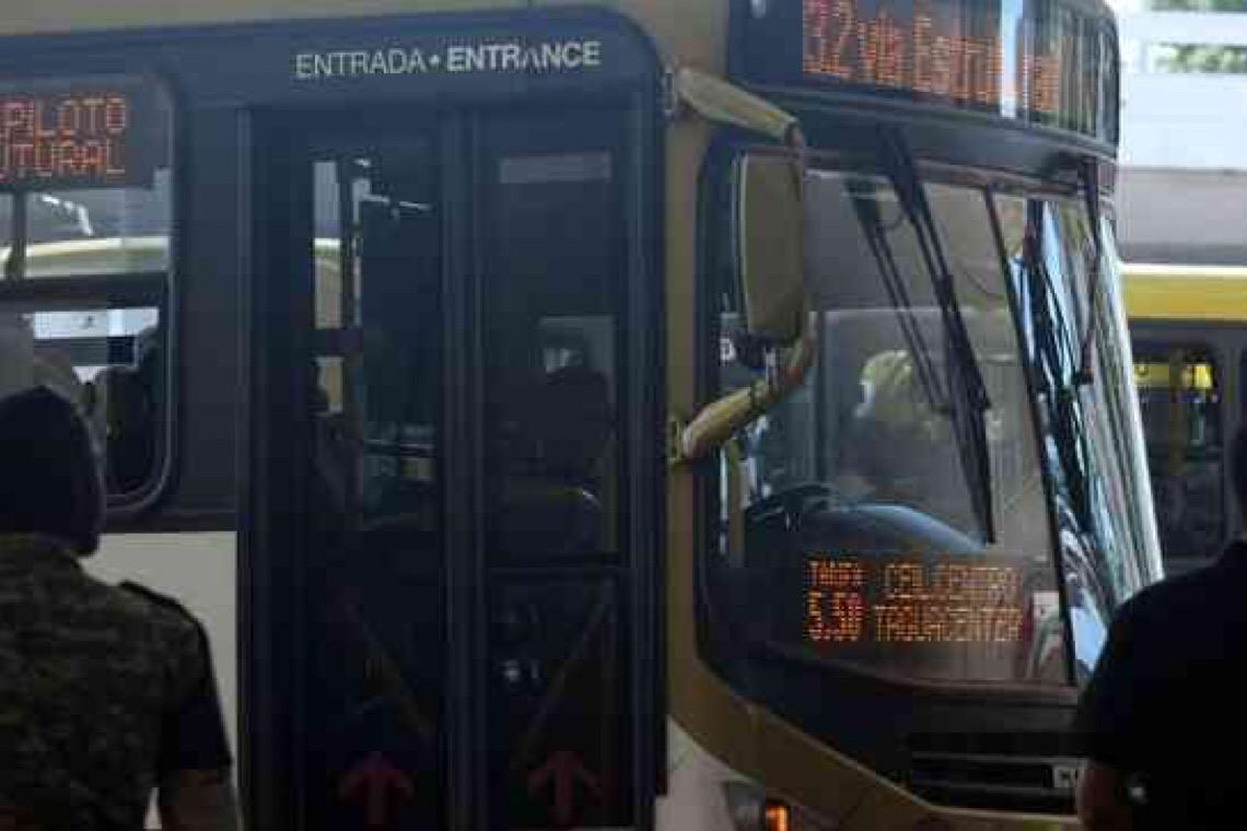 Justiça do DF suspende auxílio a empresas de ônibus e Ibaneis vai recorrer