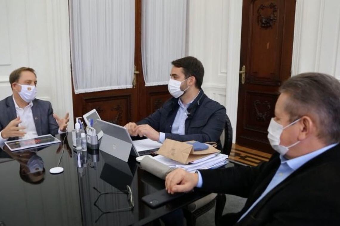 Governador do RS diz que novo decreto veta treinos da Dupla Gre-Nal e vê volta do Gauchão