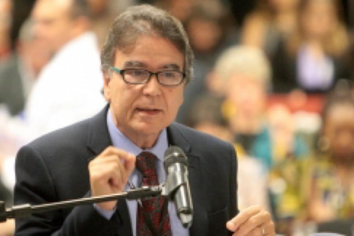 José Gomes Temporão: 'Este vírus não é democrático, como dizem por aí'