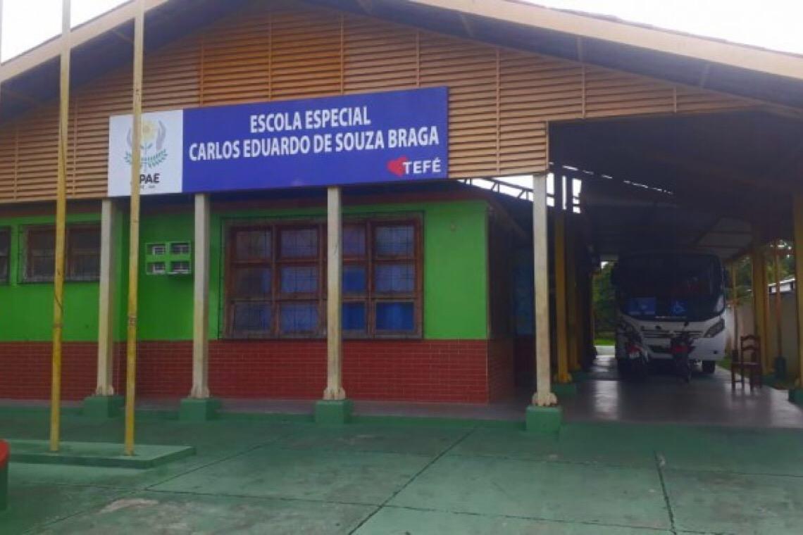 No interior do Amazonas, quatro mulheres cuidam de 240 pessoas com deficiência