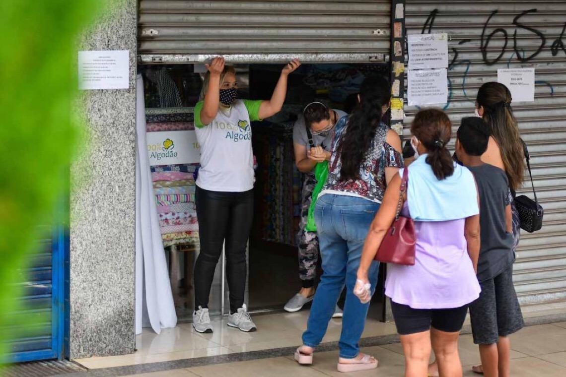 MPs insistem em comércio ficar fechado no DF: