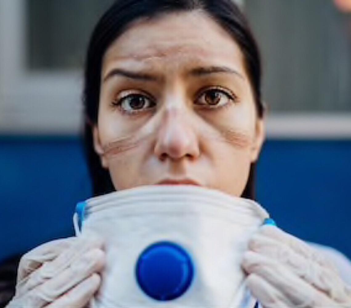 Heroínas invisíveis: Uma homenagem às profissionais de enfermagem