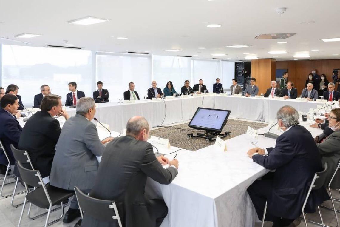 Bolsonaro trocou responsável por segurança antes de reunião com Sergio Moro