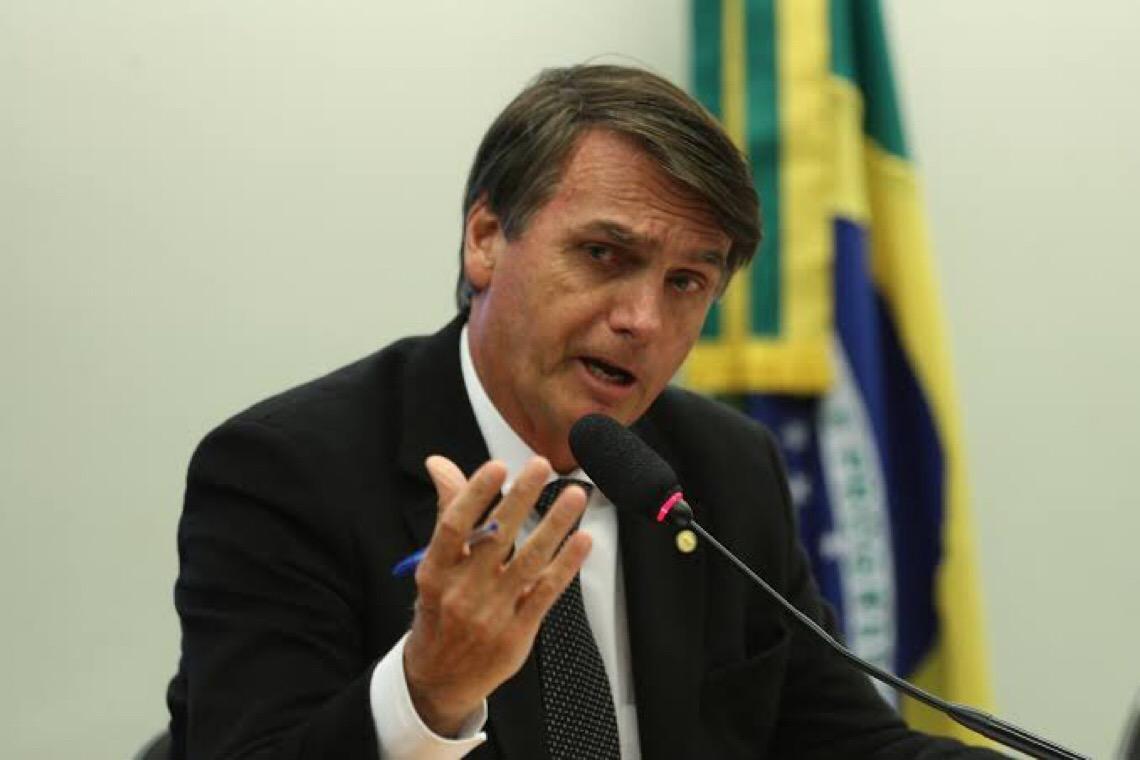 Bolsonaro pede a governadores apoio a veto que barra reajuste a servidores até fim de 2021