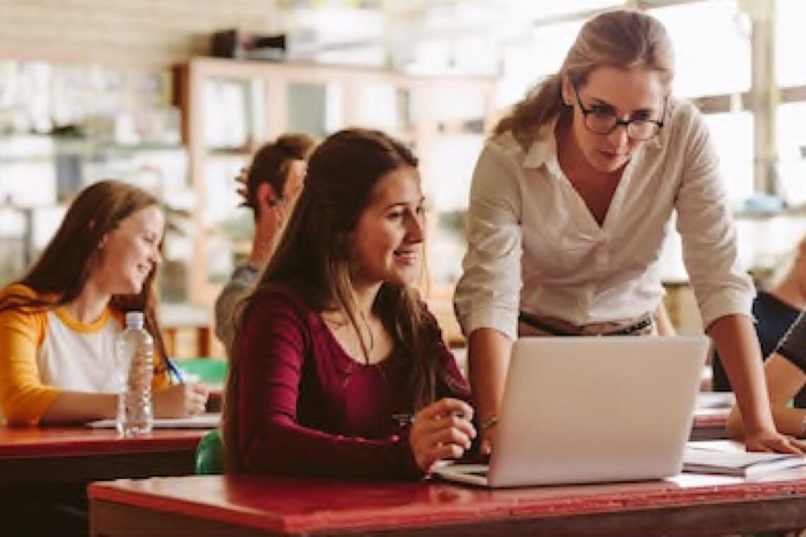 Secretaria de Educação do DF promove debate sobre plano de volta às aulas