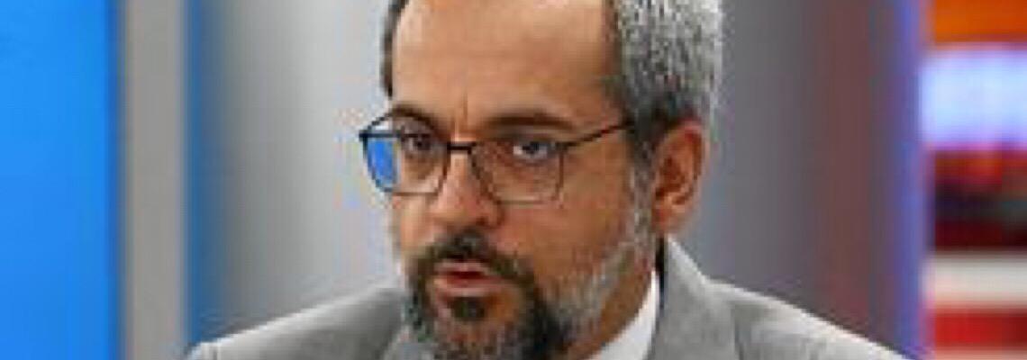 Ameaça de processo e pressão por demissão de Weintraub