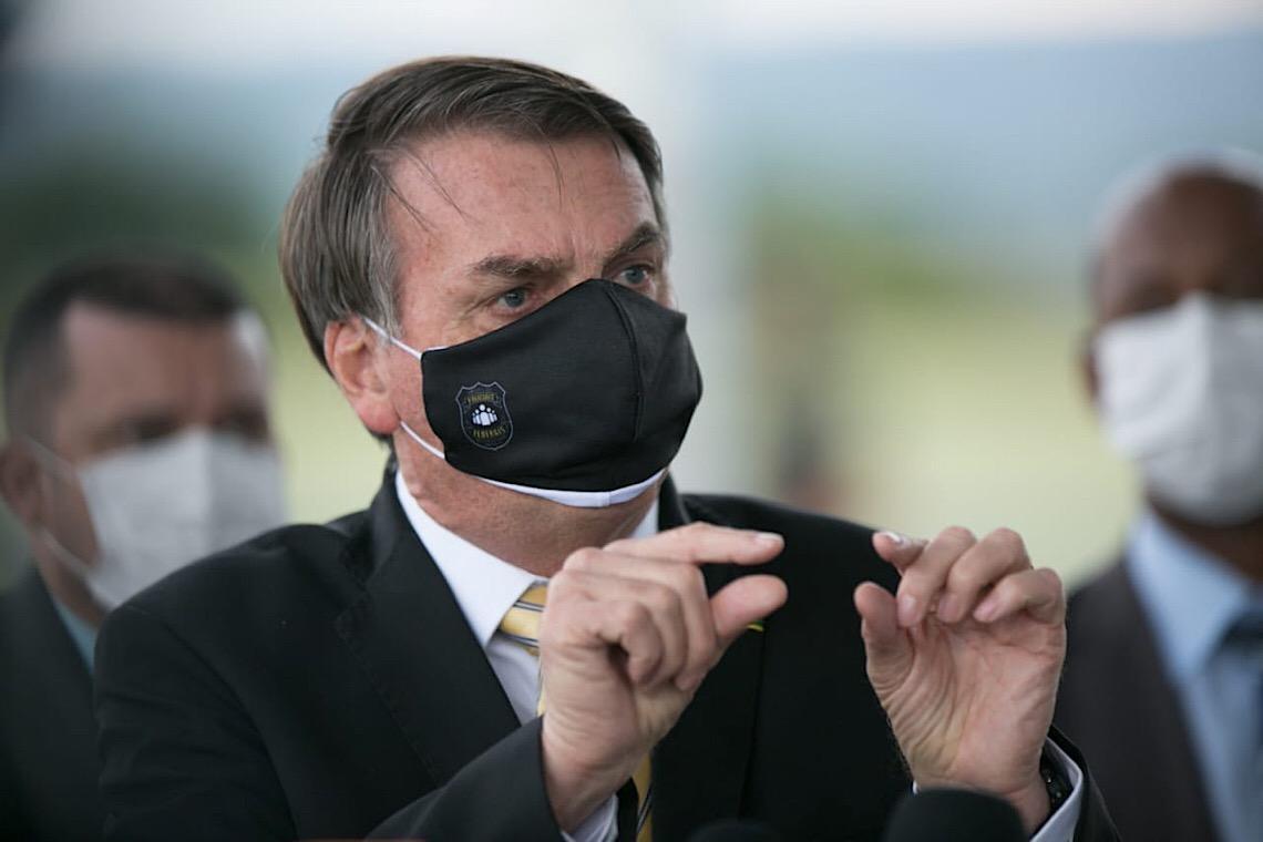 Jair Bolsonaro percebe gravidade da crise