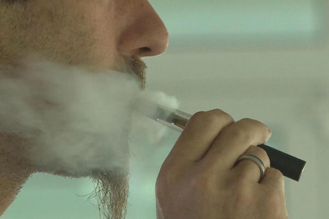 Drauzio Varella recebe prêmio da OMS sobre Dia Mundial sem Tabaco