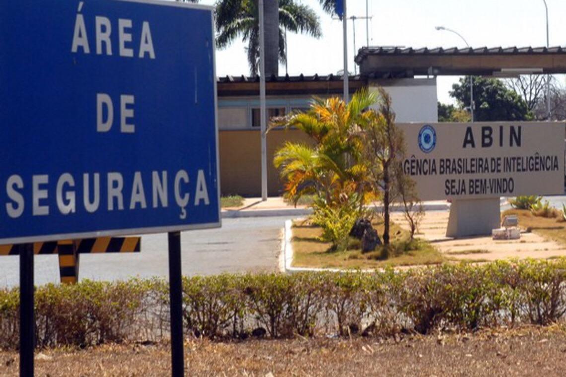 Abin alertou Bolsonaro sobre necessidade de isolamento contra o coronavírus