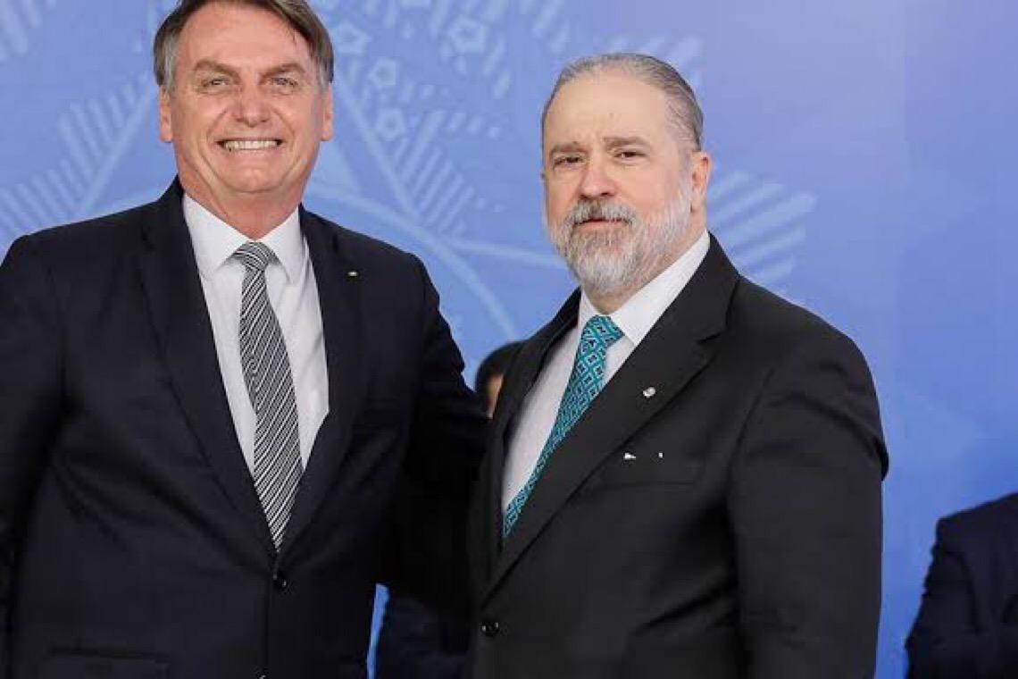 Juízes veem 'risco institucional' no Brasil
