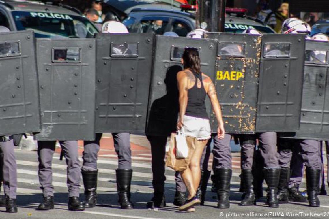 Adversários se aproximam em campo anti-Bolsonaro