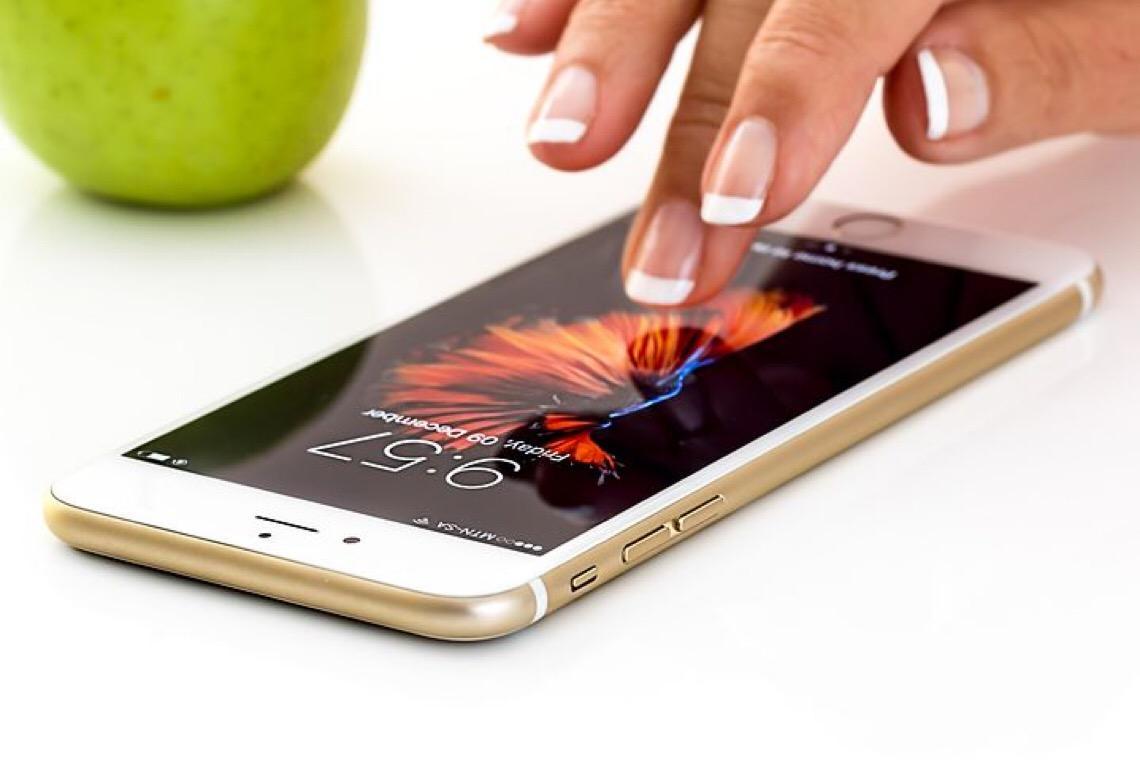 Motoristas no Distrito Federal podem pagar multas com desconto pelo celular
