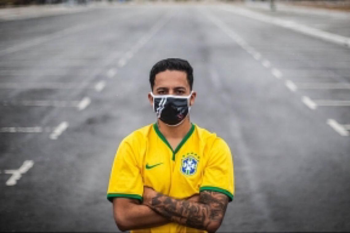 Evangélico da Brasilândia comanda movimento de torcidas pró-democracia