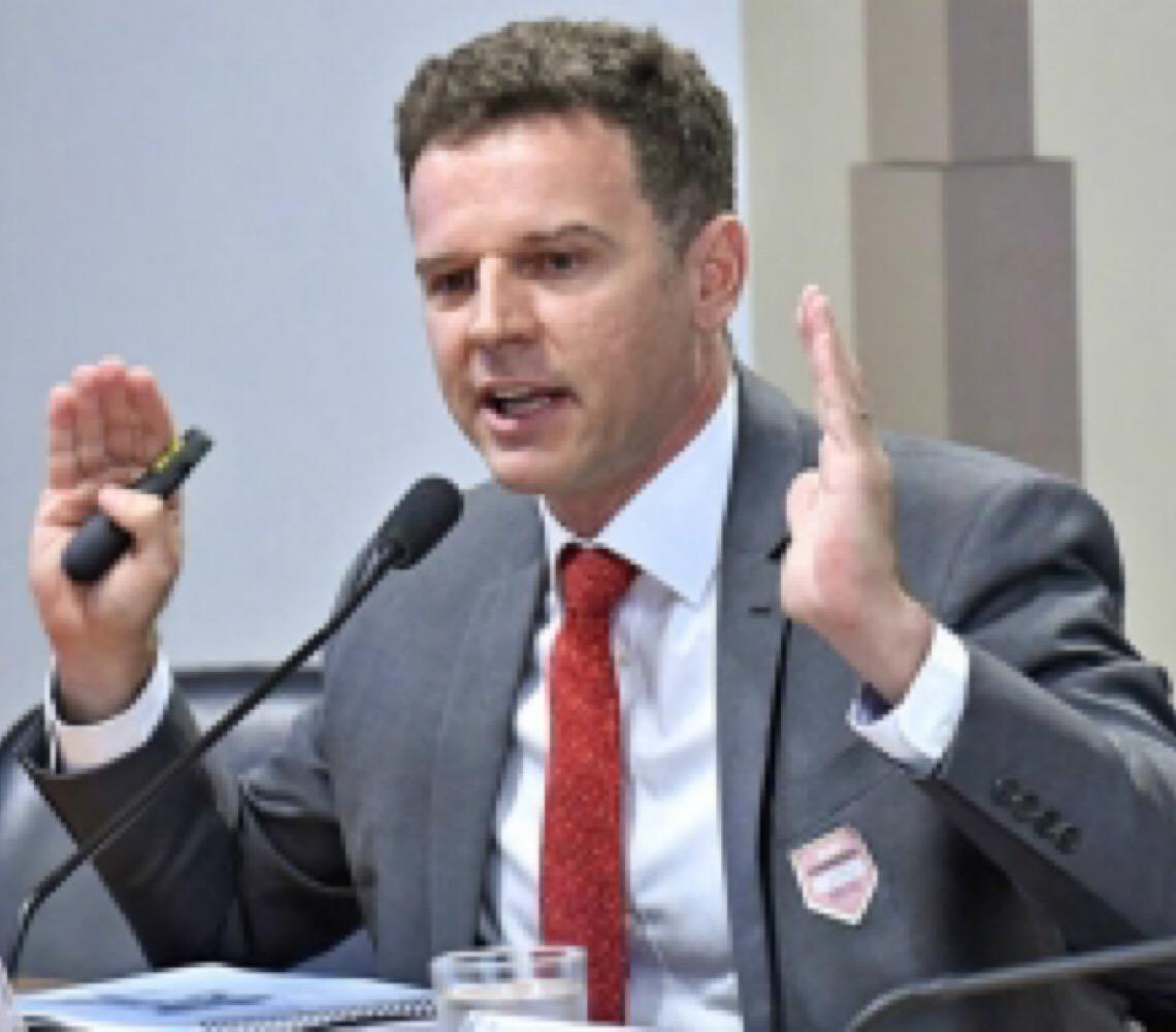 'Somos 70% contra o que se colocou como projeto de País', diz Eduardo Moreira