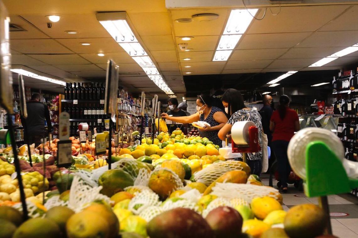 Senado aprova projeto de doação de refeição não vendida