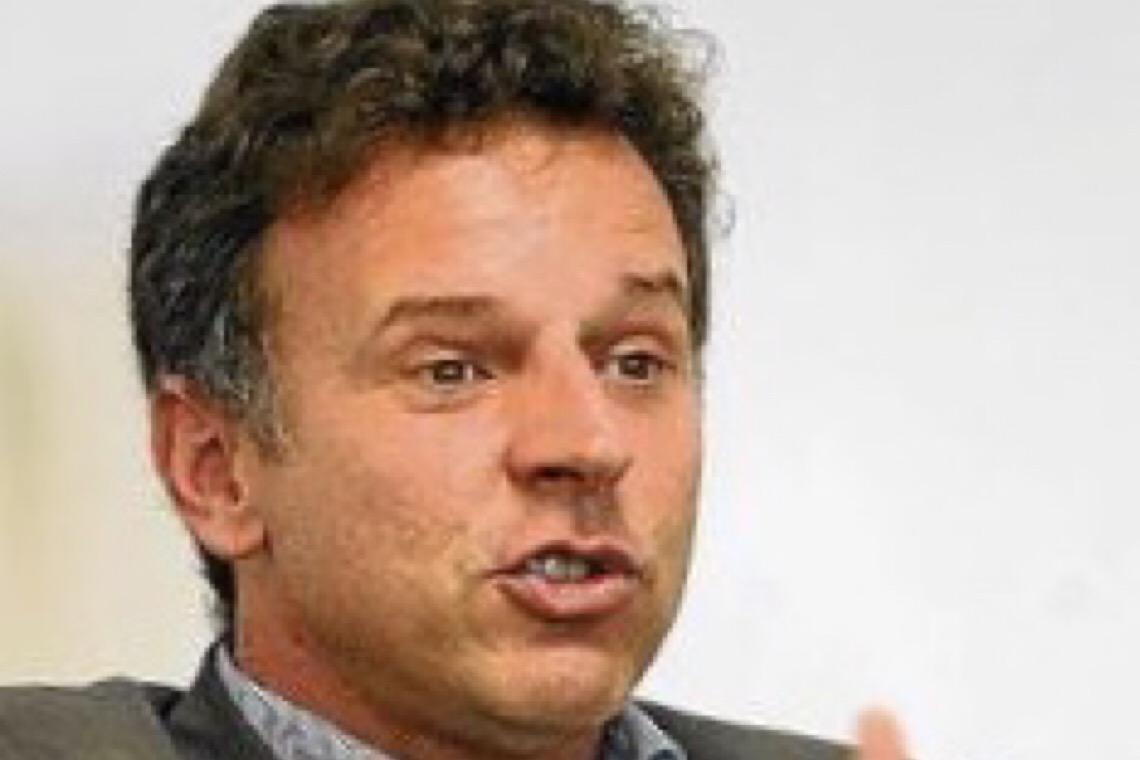 Movimento contra Bolsonaro cresce nas redes sociais
