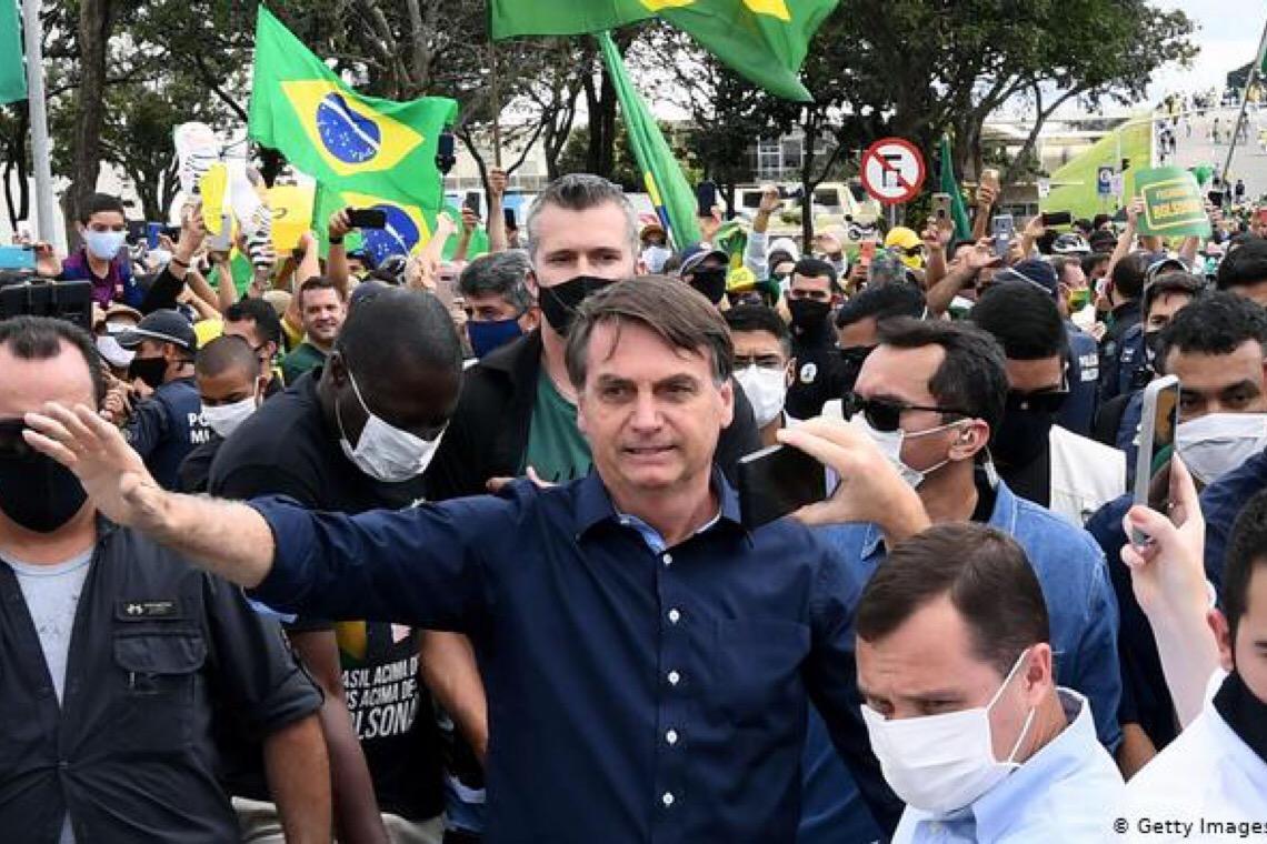 Como o governo brasileiro vem reduzindo a transparência de dados sobre a covid-19
