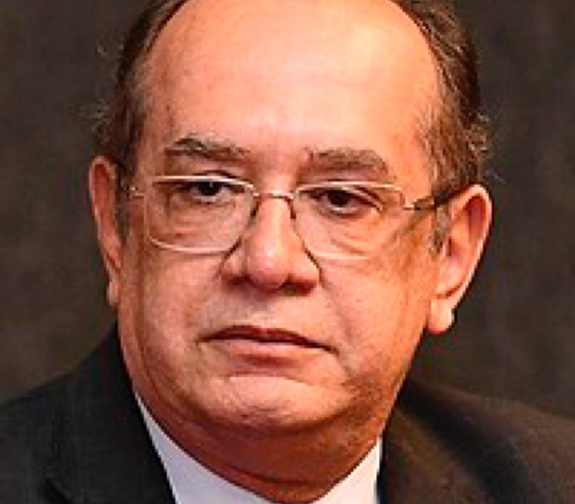 'Vamos parar de brincar de ditadura', diz Gilmar Mendes