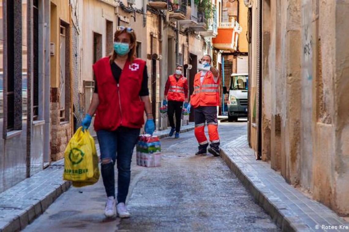 Espanha introduz benefícios sociais para frear aumento da pobreza