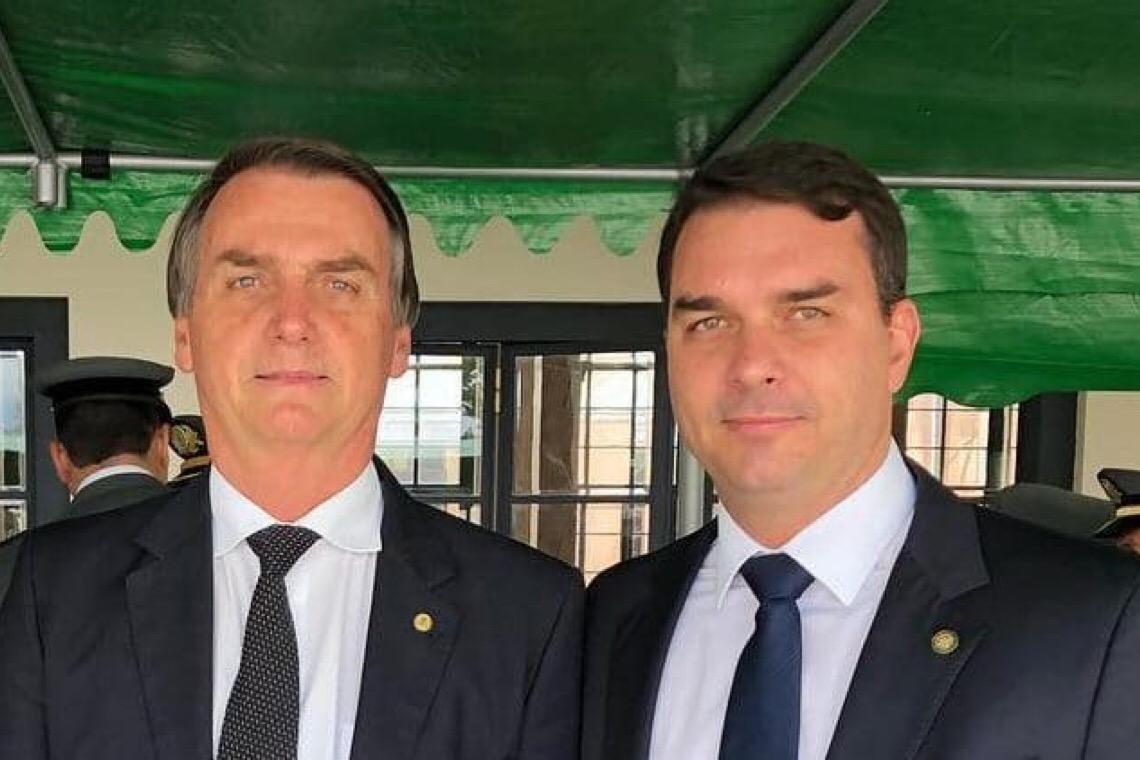 Bolsonaro avisou em 2019: Se ficar provado, ele lamenta, mas Flávio 'terá que pagar'