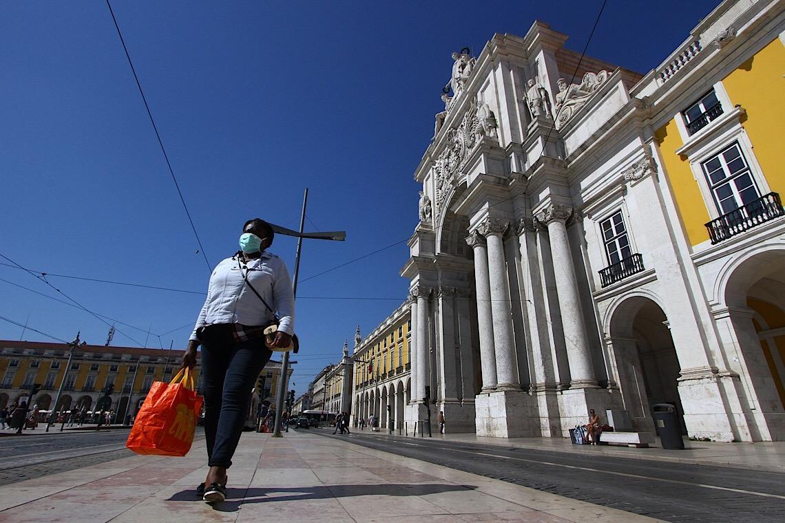 Lisboa volta a endurecer confinamento