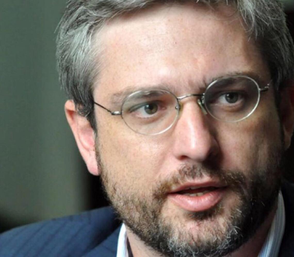 """Adriano Massuda: """"Nem o pior ministro da Saúde fez o que Exército está fazendo, desmontando a engrenagem do SUS"""""""