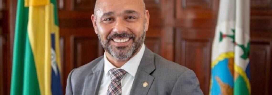 Promotoria denuncia ex-líder de Witzel no Rio no esquema das 'rachadinhas'
