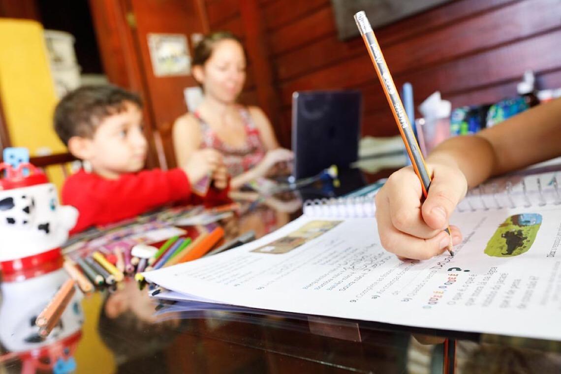 No Distrito Federal, 3,2 mil crianças e adolescentes em idade escolar já contraíram Covid-19