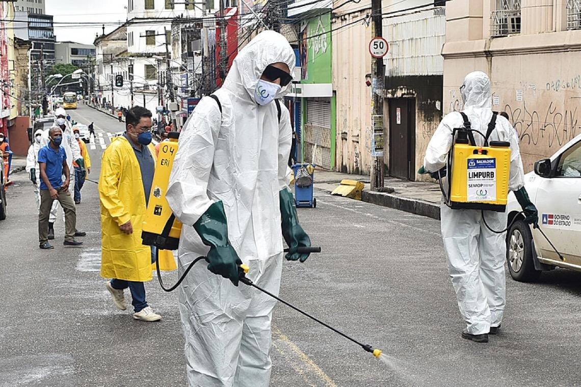 Brasil tem mais de 65 mil mortes por covid-19 e infectados ultrapassam 1,6 milhão