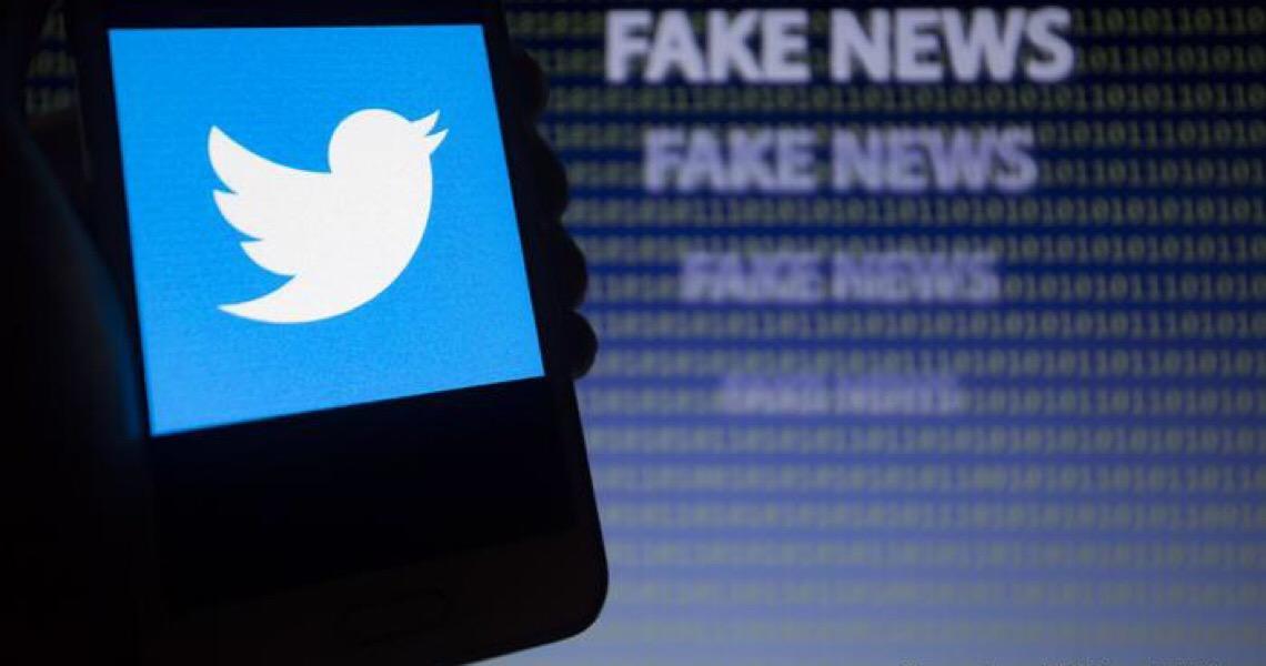 A luta anônima de três brasileiros contra sites de fake news
