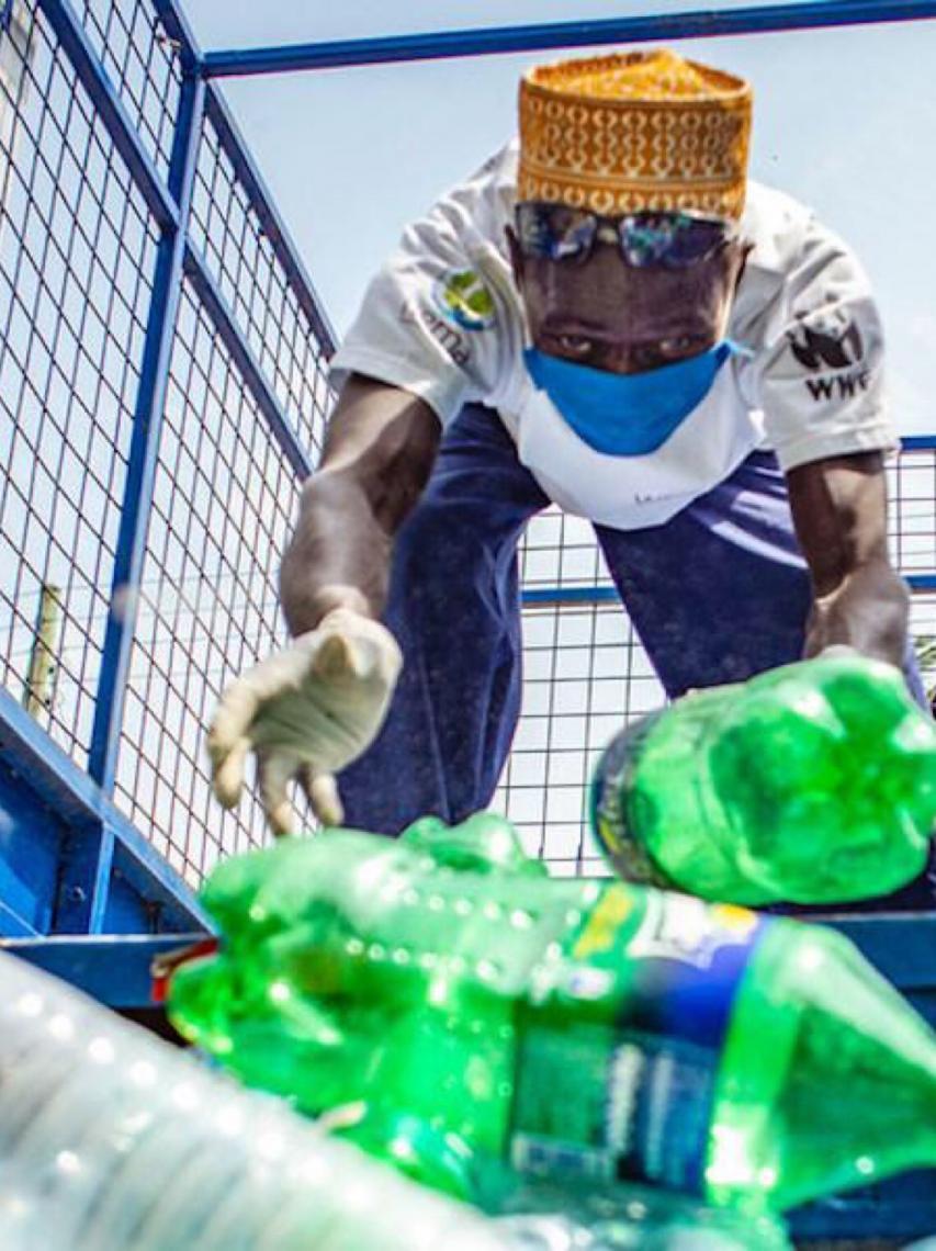 ONU: Reabertura do setor de turismo deve incluir fim da poluição plástica